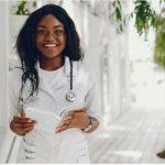 """Estudante pode fazer prova de residência médica como """"treineiro"""""""